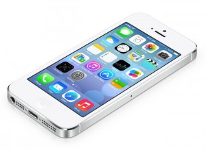 Apple Working On Fix For iOS 7 Lock Screen Siri Bypass Issue