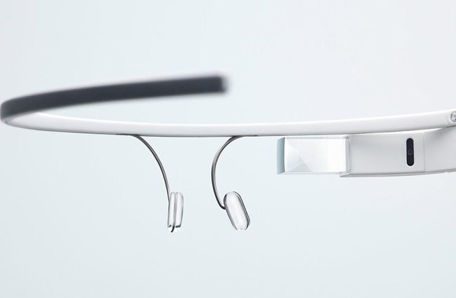 Google Glass XE9 Update Adds Photo Vignettes, Enhanced Search And More