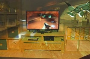 Microsoft IllumiRoom Xbox Project Delayed Due To High Consumer Cost (video)