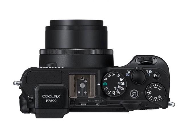 Nikon Coolpix P7800-1