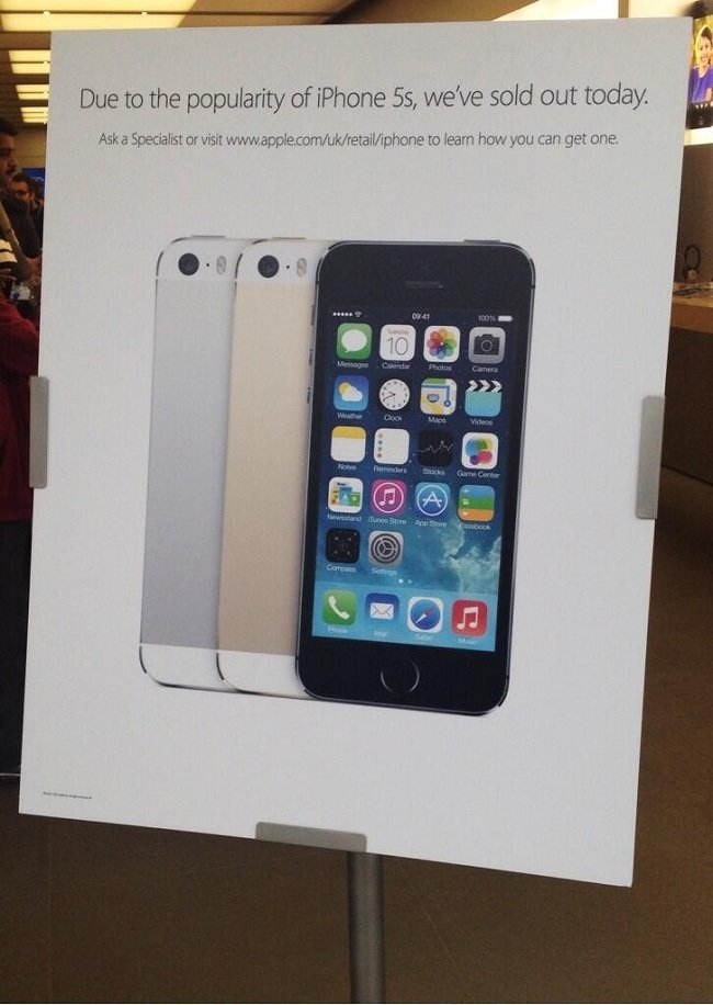 iphone 5s apple store apple stores in uk sold out of iphone 5s stock expected 3694