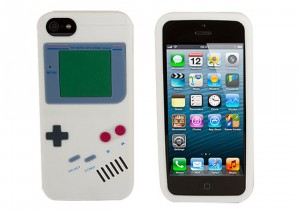 Rocketcases Give your iPhone 5S Old-School Gamer Style