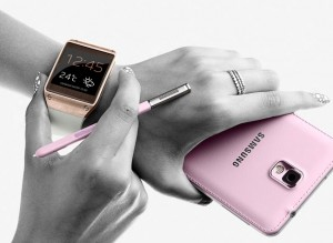 Samsung Galaxy Gear Gets Reviewed (Video)