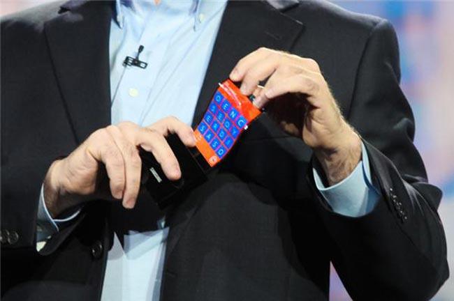 Smartphone Flexible Display