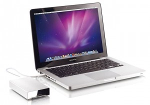 Akitio Launches First Bus Powered 512 GB External Thunderbolt SSD