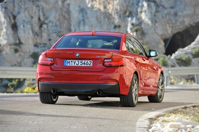 bmw 2 series coupe announced. Black Bedroom Furniture Sets. Home Design Ideas