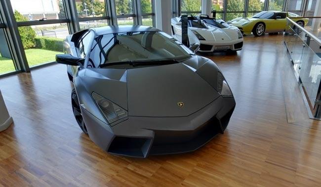 Google Maps Indoor View Lets You Explore The Lamborghini