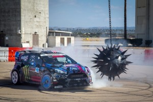 Awesome Need For Speed: Ken Block's Ultimate Gymkhana Grid Course (video)