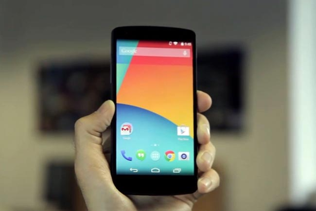 Google Nexus 5 In Action (Video)
