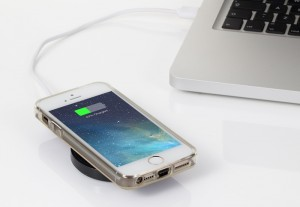 iQi Mobile Wireless iPhone Charger Launches On Indiegogo (video)