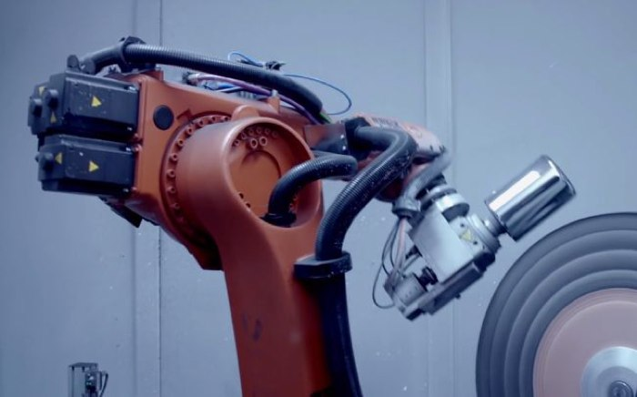 Mac Pro Robot