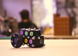 MOSS, The Modular Robot Construction Kit (Video)