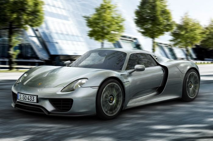 porsche 918 spyder gets faster. Black Bedroom Furniture Sets. Home Design Ideas