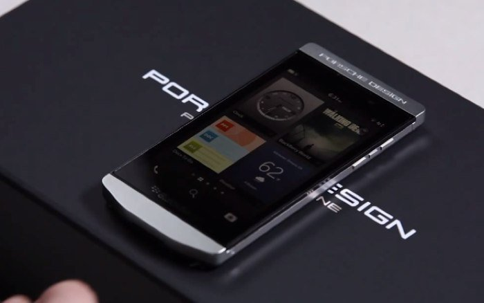 Blackberry Porsche Design New