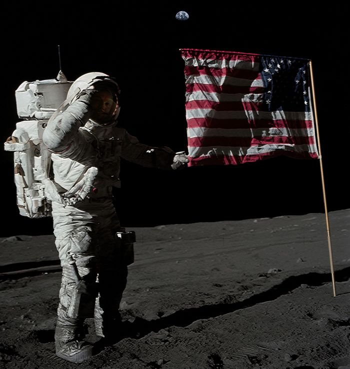 neil armstrong and the moon landing Armstrong is most famous for being the first human to walk on the moon, on july 20, 1969, during the apollo 11 moon landing buzz aldrin accompanied him on the surface michael collins also flew.