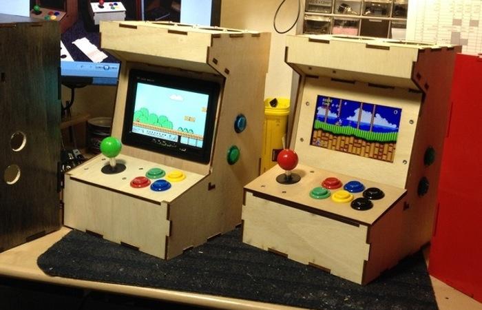 Porta-Pi Raspberry Pi Mini Arcade Cabinet