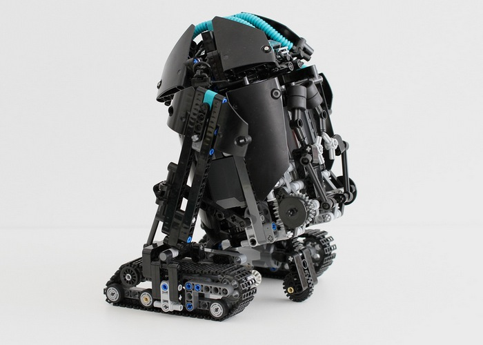 Lego Astromech Droid-2