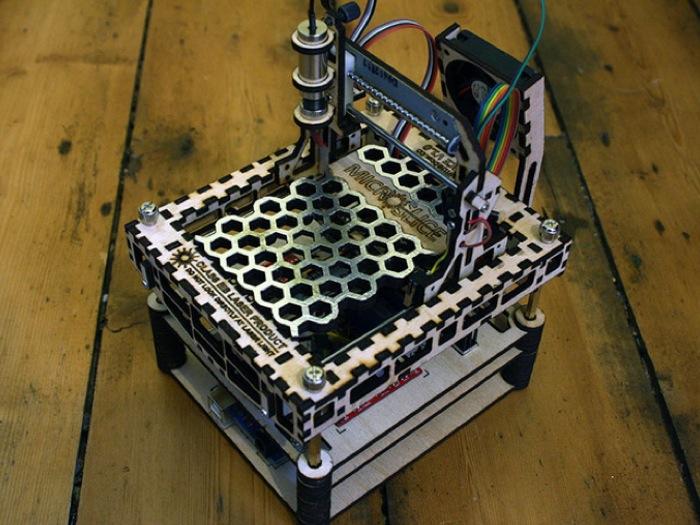 MicroSlice Mini Arduino Laser Cutter