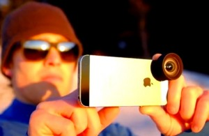 Moment iPhone Lens Kit Offers Wide And Telephoto Lenses (video)