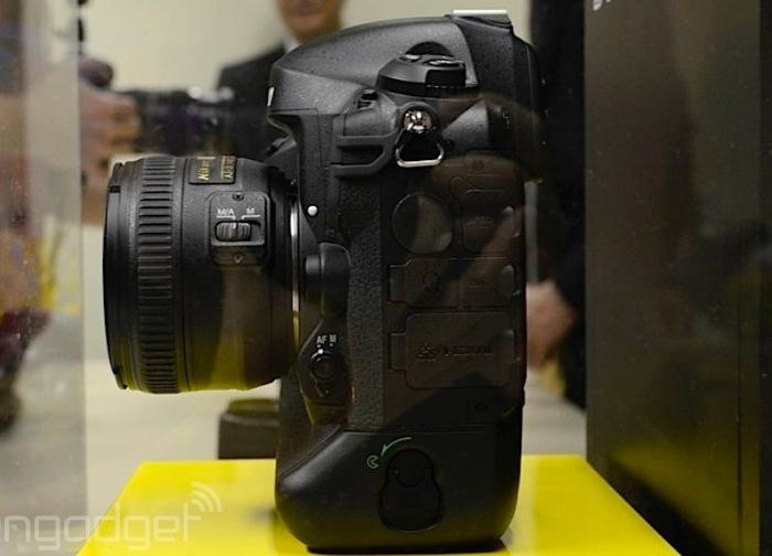 Nikon D4S -2