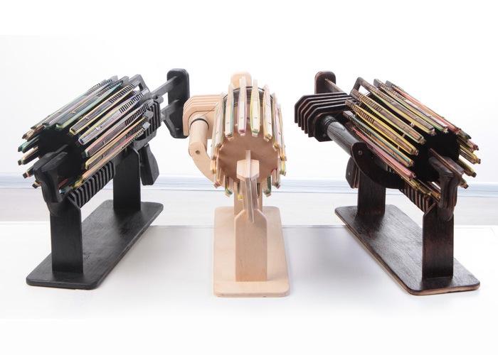 Rubber-Band-Machine-Gun1