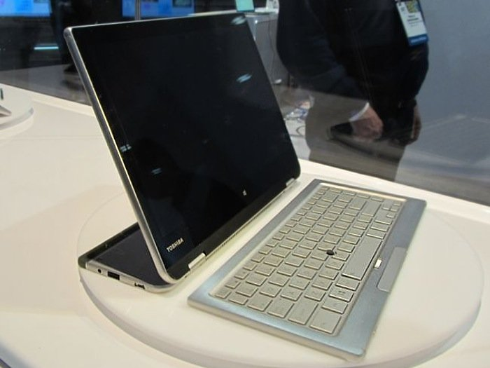 Toshiba 5-in-1 PC concept