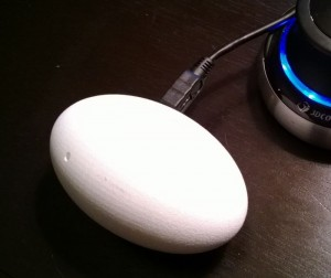 Egg, The Intelligent Cat Toy (Video)
