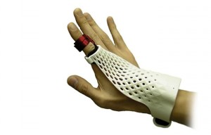Fujitsu Finger Glove Style Gesture Control Device To Be Demonstrated At MWC 2014