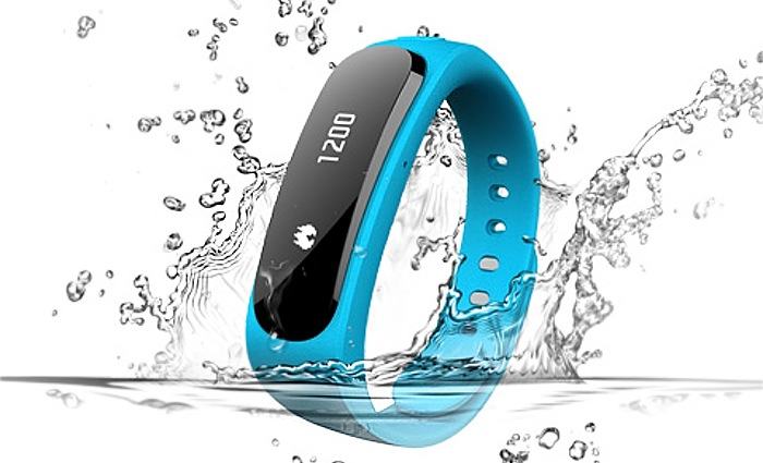 Huawei Smartwatch Officially Unveiled As Huawei TalkBand ...