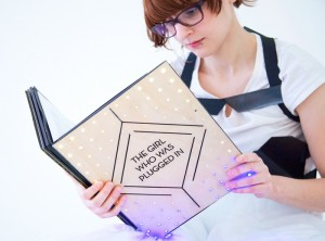 Sensory Fiction Book Prototype Lets Readers Feel Characters Emotions (video)