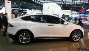 Tesla Model X Delayed Until Next Year
