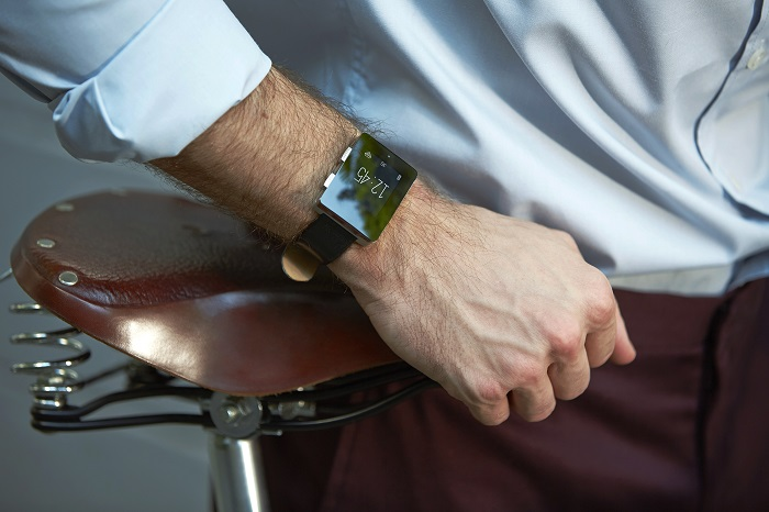 Wellograph Is An Excellent Watch With An Activity Tracker and a Heart Monitor
