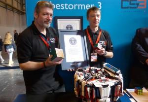 Cubestormer 3 Lego Robot Smashes Rubik's Cube World Record (video)