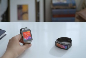 Samsung Gear 2 And Gear Fit In Action (Video)