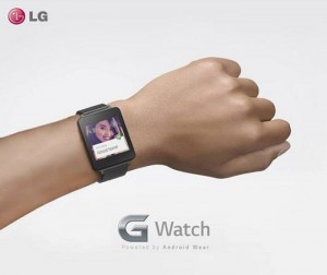 New LG G Watch photo Shows up on Facebook