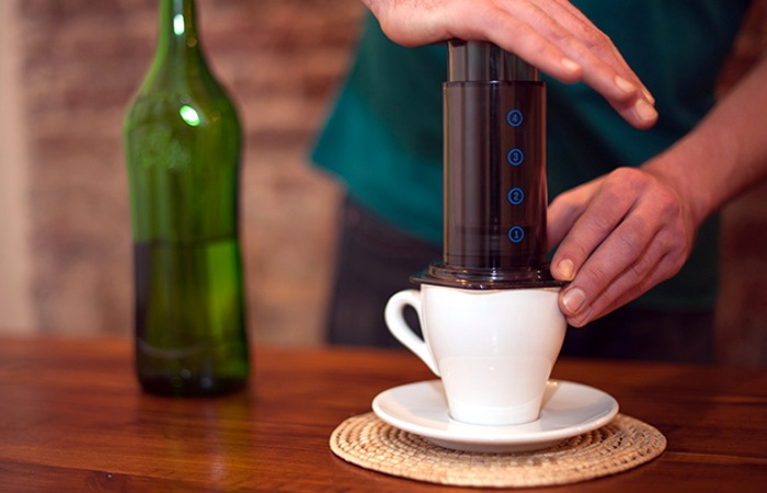 Aeropress Coffee Maker Movie : AeroPress Coffee Maker Lets You Make A Perfect Single Cup (video)