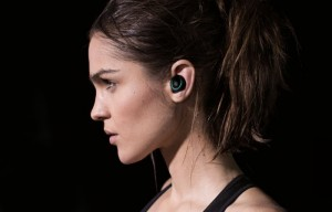 Dash Wireless In-Ear Headphones Raise Over $3 Million On Kickstarter (video)
