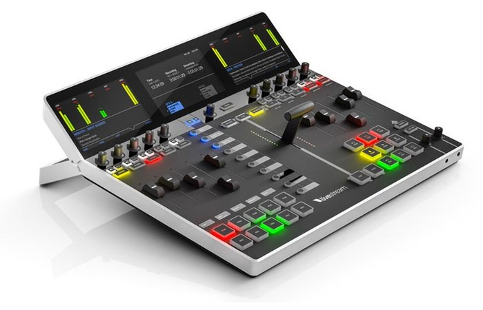 LiveStream Studio Control Surface