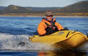 Mokai ES-Kape Motorized Kayak Now Sports A Three Piece Modular Design (video)