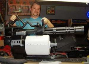 Team Fortress 2 Minigun Replica Created By Cory Alexander (video)
