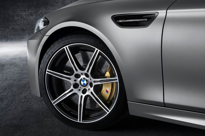 30th Anniversary Edition BMW M5