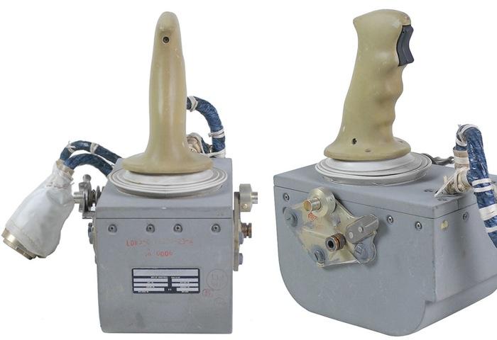 Apollo 15 Joystick-1
