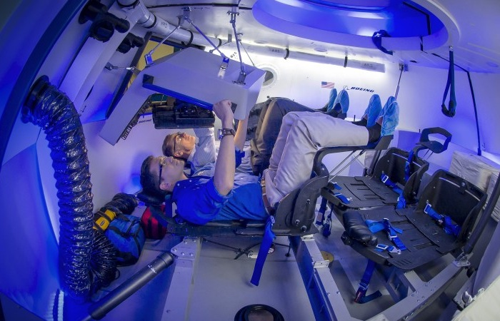 As You Can See From The Gallery Below The Interior Design For The Boeing  CST 100 Are Very Clean In Design And Are More Like Something Out Of A  Science ...