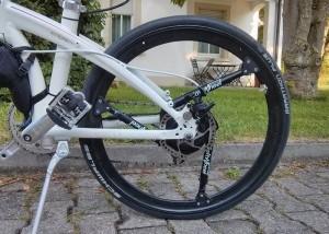 SoftWheel Fluent Shock Absorbing Bike Wheel Unveiled (video)