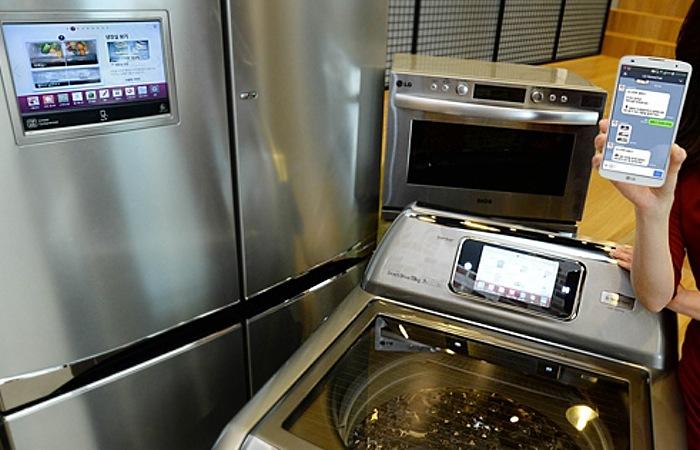 LG HomeChat Enabled Kitchen Appliances