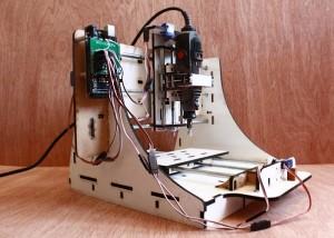 Makesmith CNC Desktop Router (video)