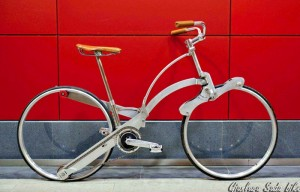Sada Hubless Folding Bike Colapses Down To The Size of An Umbrella