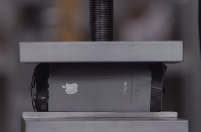iPhone 5 crushed