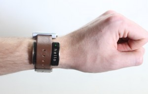 Glance Transforms a Normal Watch Into A Smartwatch (video)