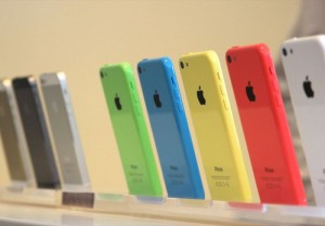 Walmart Dropping iPhone 5S And 5C Prices Today